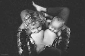 331355-R3L8T8D-650-motherhood-photography-breastfeeding-godesses-ivette-ivens-1