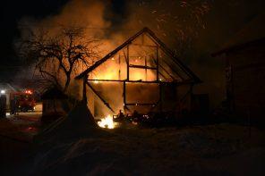 Incendiu Bar Sita Buzaului ianuarie 2017 - 1