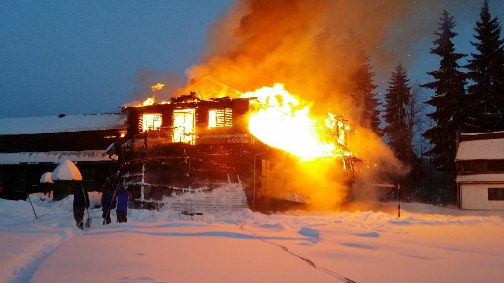 Incendiu Comandau Scoala ianuarie 2017 - 8