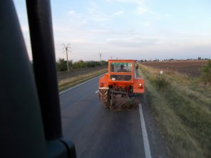 tractor pe sosea 2
